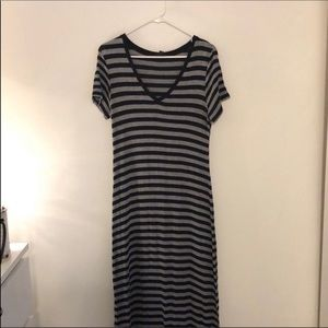 🔴 2 for $10🔴 Striped Maxi Dress